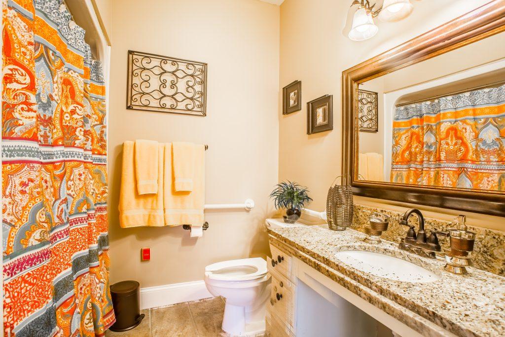 Charter Senior Living of Franklin Bathroom