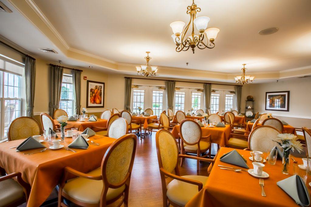 Charter Senior Living of Franklin Dining Room