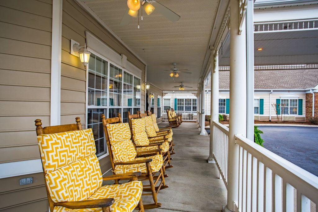 Charter Senior Living of Franklin Front Porch